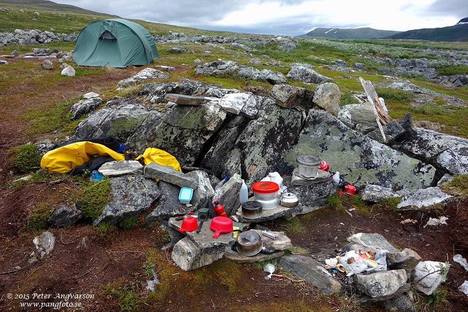 De trevliga Örebroarnas läger.