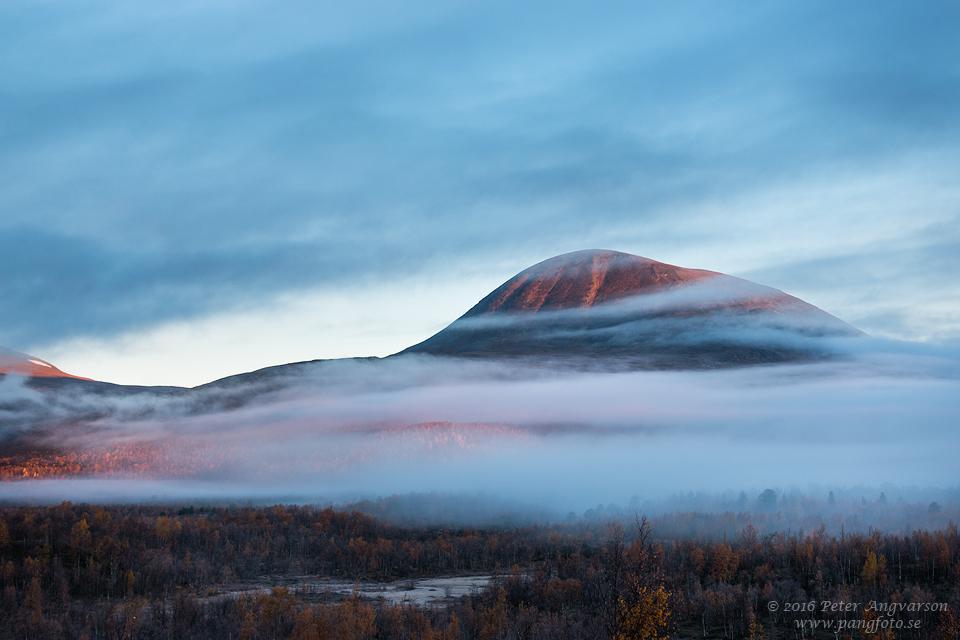 Nikkaluokta nordkalottenleden fjällvandring pangfoto Peter Angvarson