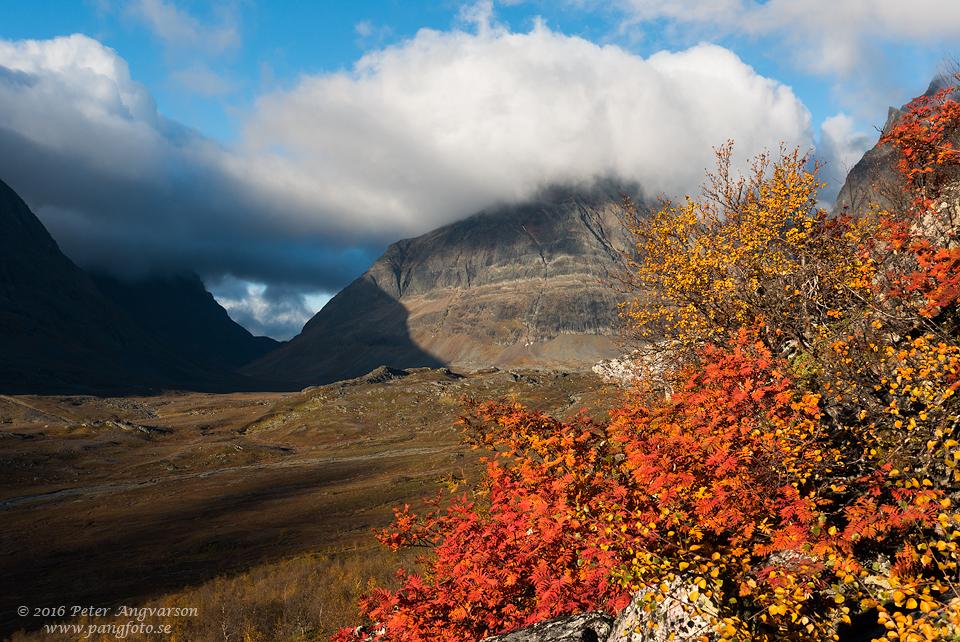 Singicohkka kungsleden nordkalottenleden fjällvandring pangfoto Peter Angvarson