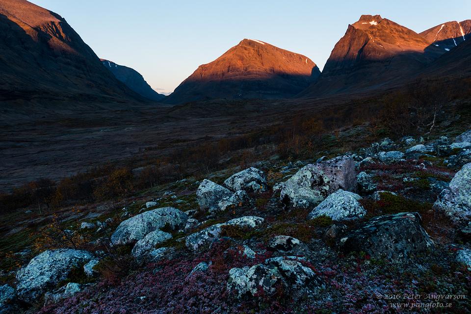 Singicohkka Tolpagorni Duolbagorni kungsleden nordkalottenleden fjällvandring pangfoto Peter Angvarson